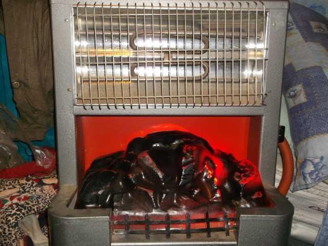 Продам: электрокамин Уголек и РАКЕТА и камин мас