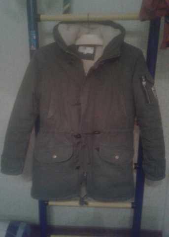 Продам Зимняя куртка на мальчика 11-14 лет