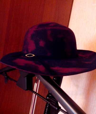 Продам Шляпа женская