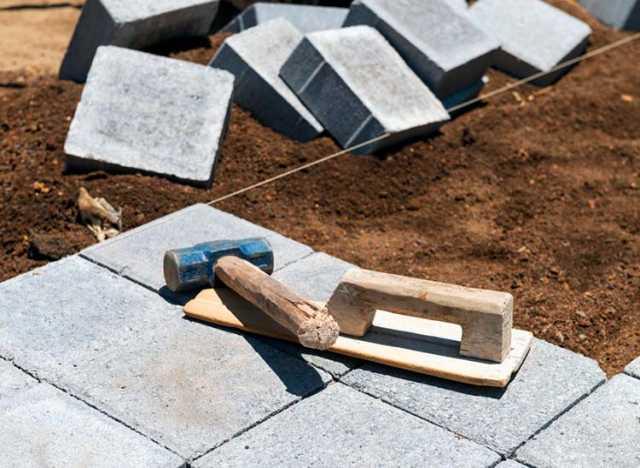 Вакансия: Укладчик тротуарной плитки, брусчатки