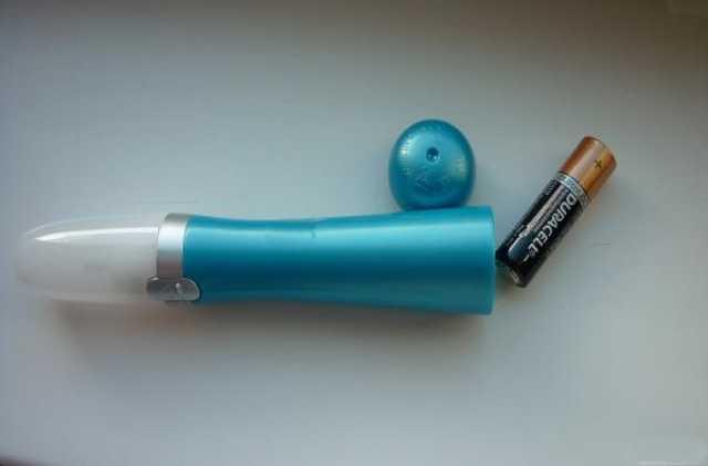 Продам Электрическая пилка Scholl для ногтей с запасным комплектом