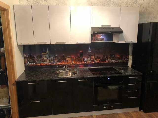 Продам Кухня модульная