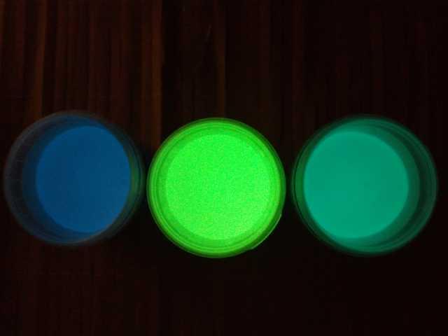 Продам: Цветной светящийся пигмент(люминофор)