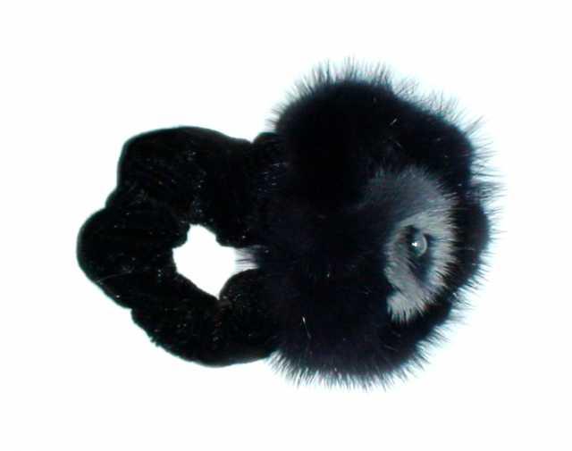 Продам резинку для волос меховую
