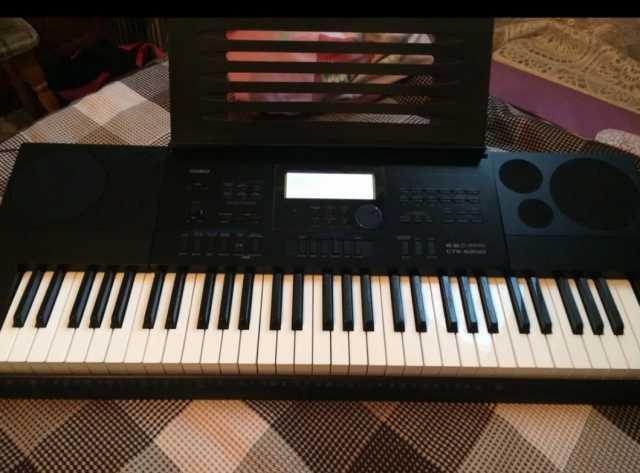 Продам Синтезатор casio ctk-6200