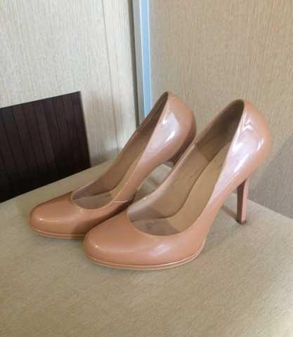 Продам Туфли бежевые на размер 36-37