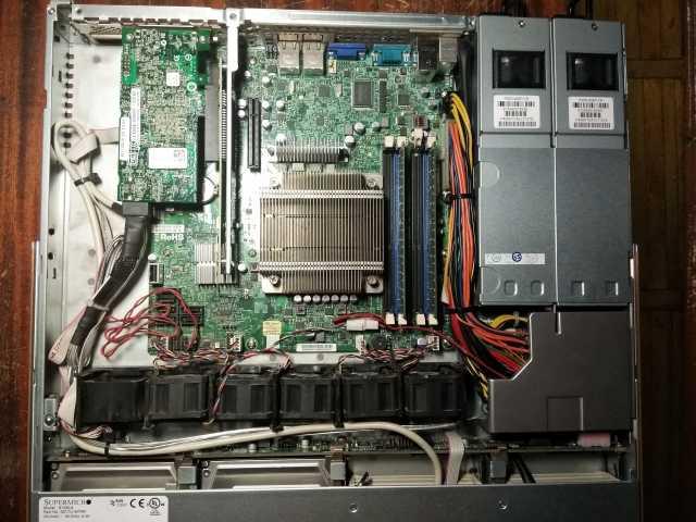 Продам сервер 1U