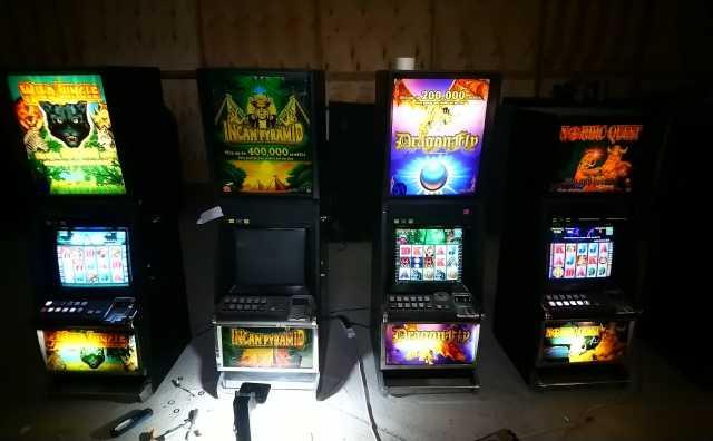 Продам: Игровой автомат Конами