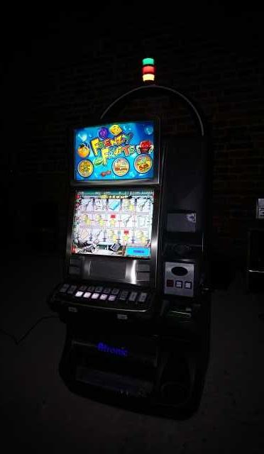 Продам Игровой автомат Atronic emotion