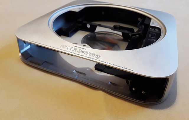 Продам Блок питания Mac Mini A1347 с корпусом