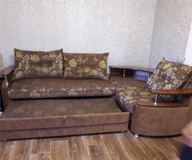 Продам Продам угловой диван