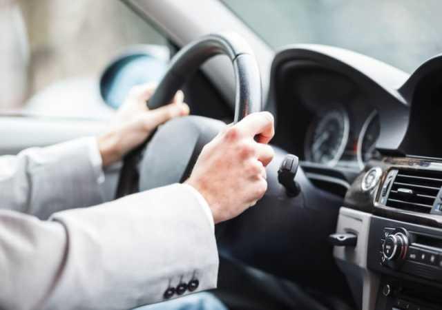 Вакансия: Водитель на личном авто