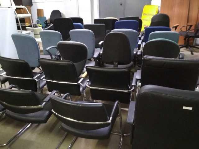 Продам: Офисная мебель б/у