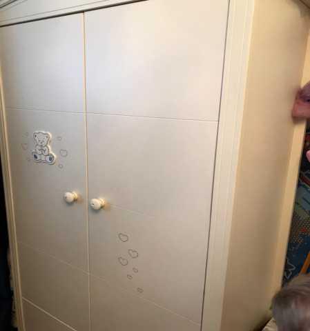 Продам продается детский шкаф для одежды двухст