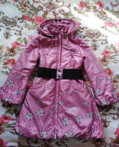 Продам Пальто на девочку весна-осень р. 146