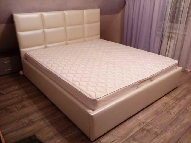Продам: Кровать Джессика