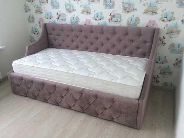 Продам: Кровать Анастасия