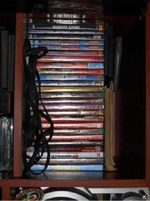 Продам Фильмы разные двд диски