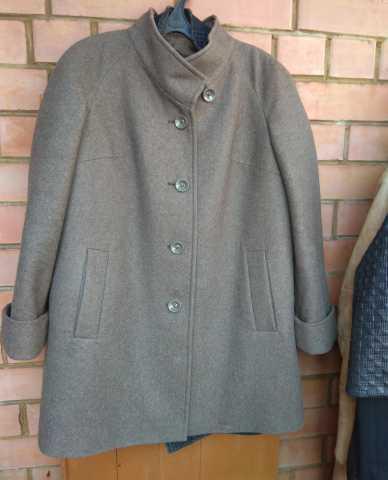 Продам Пальто Avalon. Размер 48
