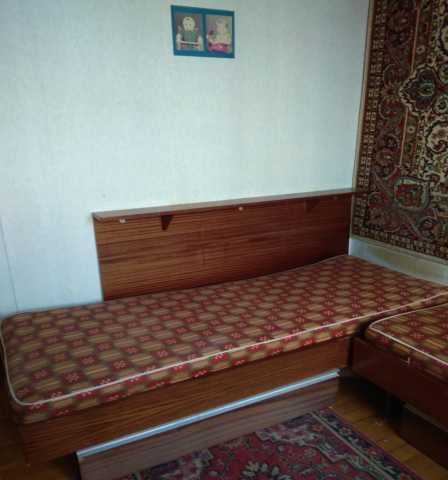 Продам: Удобный Спальный Гарнитур из ЛДСП