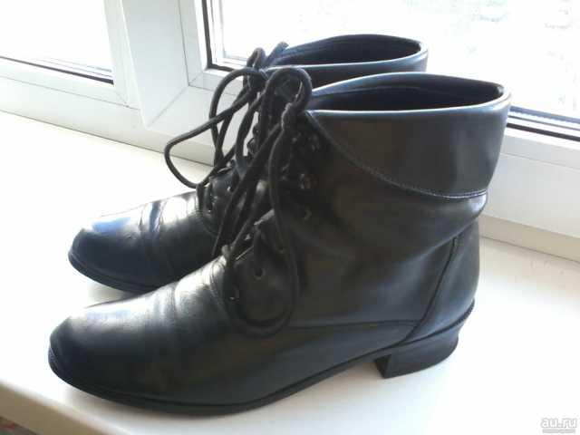 Продам Ботинки женские р.37-38