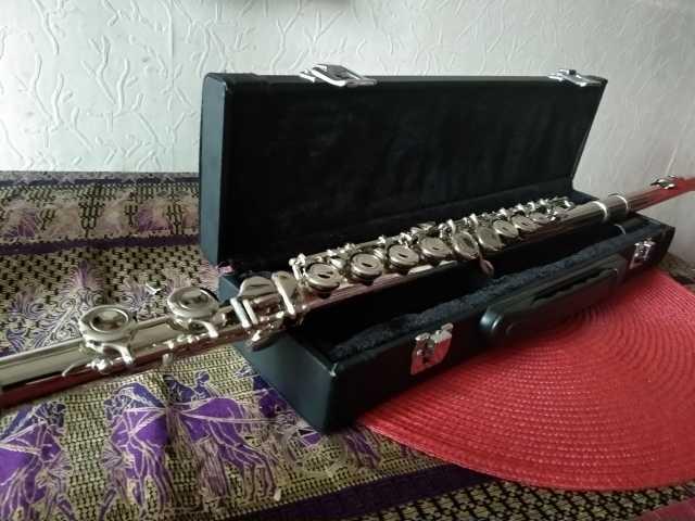 Продам: Флейта YFL 211s (копия)