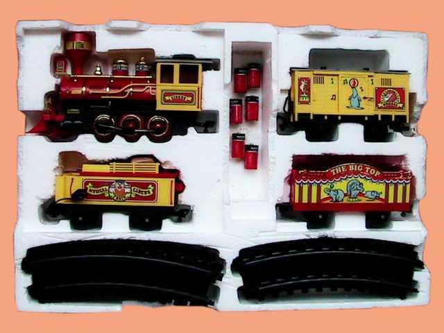 Продам: игрушечный поезд музыкальный цирковой