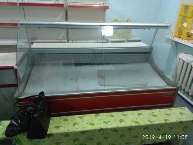 Продам: Холодильную витрину НОВА ВХСн-1,8