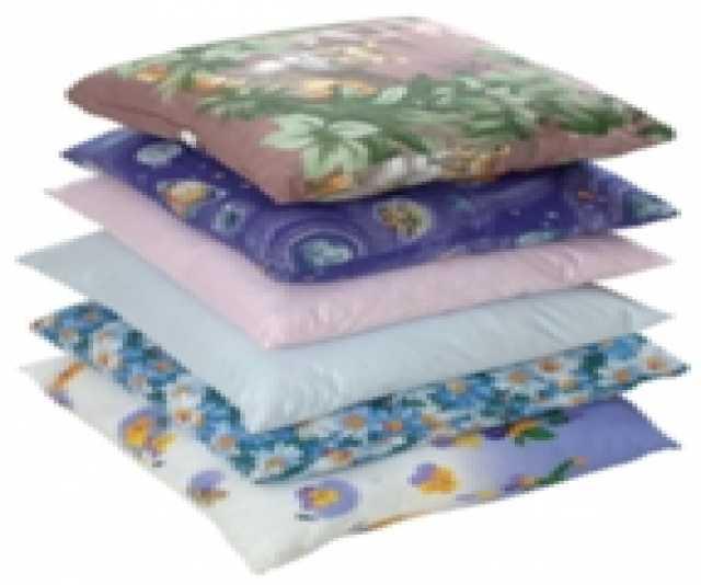 Продам: Подушки и одеяла в гостиницы
