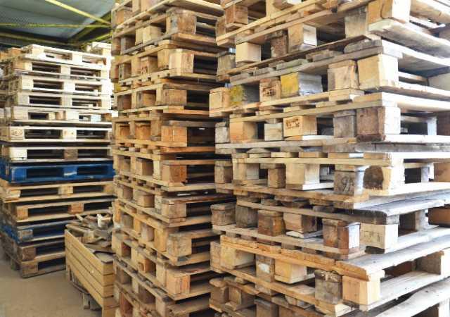 Продам Поддоны деревянные б/у 800х1200мм