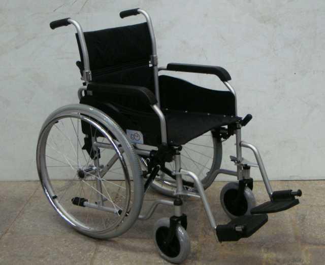 Отдам даром: Инвалидная коляска Б/у