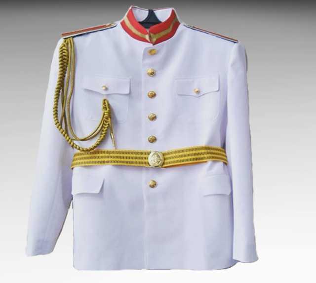 Продам Костюм парадный белый для кадетов