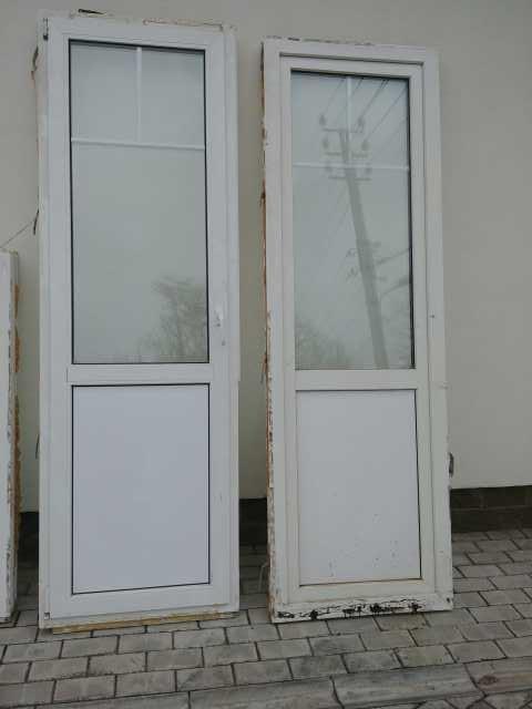 Отдам даром Стеклопакеты: окна и 2 двери
