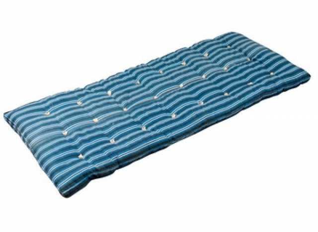 Продам: Шерстяные одеяла в клетку в общежития