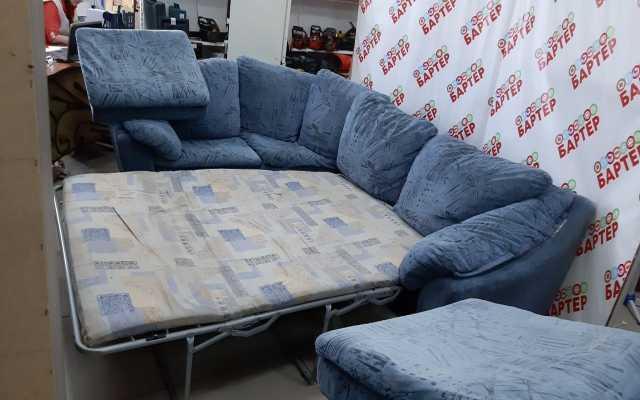 Продам Диван угловой с пуфиком и креслом 4077