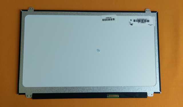 Продам Матрица для ноутбука 15.6 40pin Slim