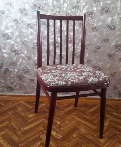 Продам: Мягкие деревянные стулья