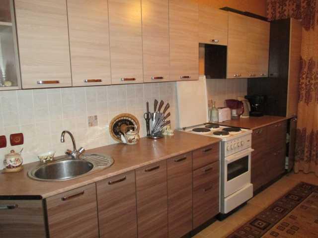 Продам Кухонный гарнитур, 3,8 м