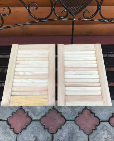 Продам Жалюзийные (деревянные) дверцы