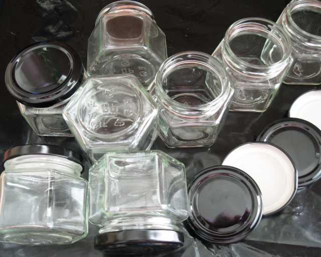 Продам: Шестигранные стеклянные банки