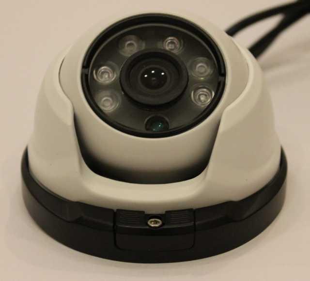 Продам: новую видеокамеру