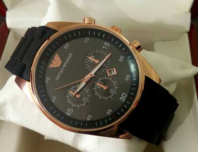Продам Ликвидация склада часы Emporio Armani