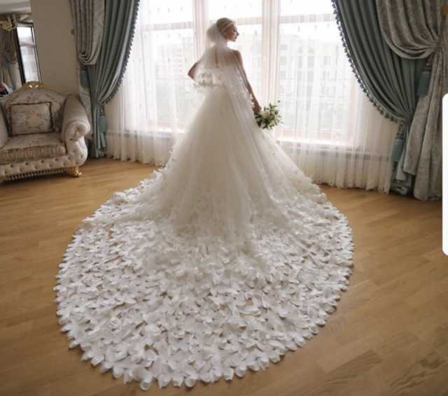 Продам Свадебное платье фата