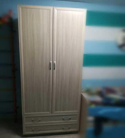 Продам: Шкаф 2 дв
