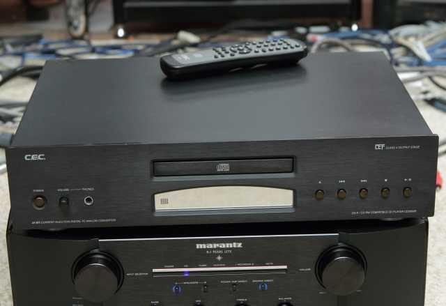 Продам CD-проигрыватель C.E.C.CD3300R, в хороше