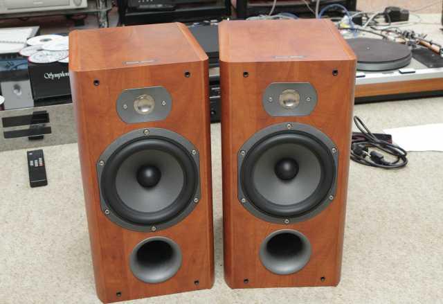 Продам акустика Focal Chorus 707 S
