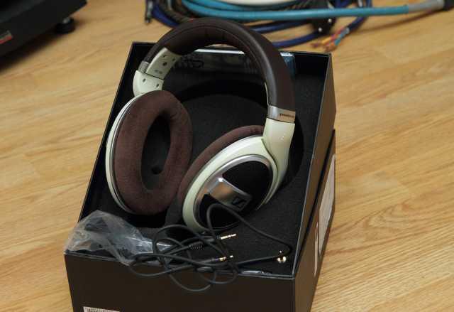 Продам наушники SENNHEISER HD 599