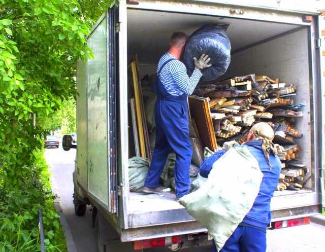 Предложение: Вывозим мусор, хлам, мебель, недорого!