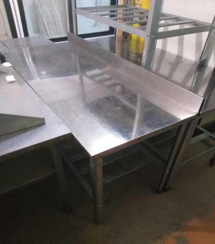 Продам Производственный стол с бортом 150 см