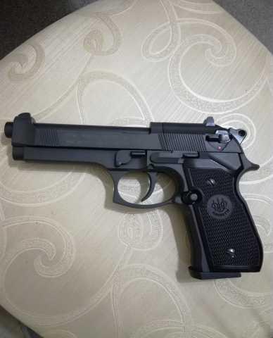 Продам BERETTA M 92 FS